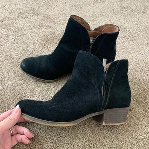 Lucky Brand black suede Ankle boots size 8